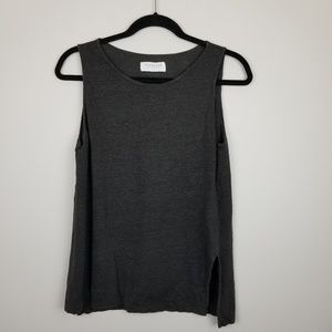 Everlane gray sleeveless sweater top